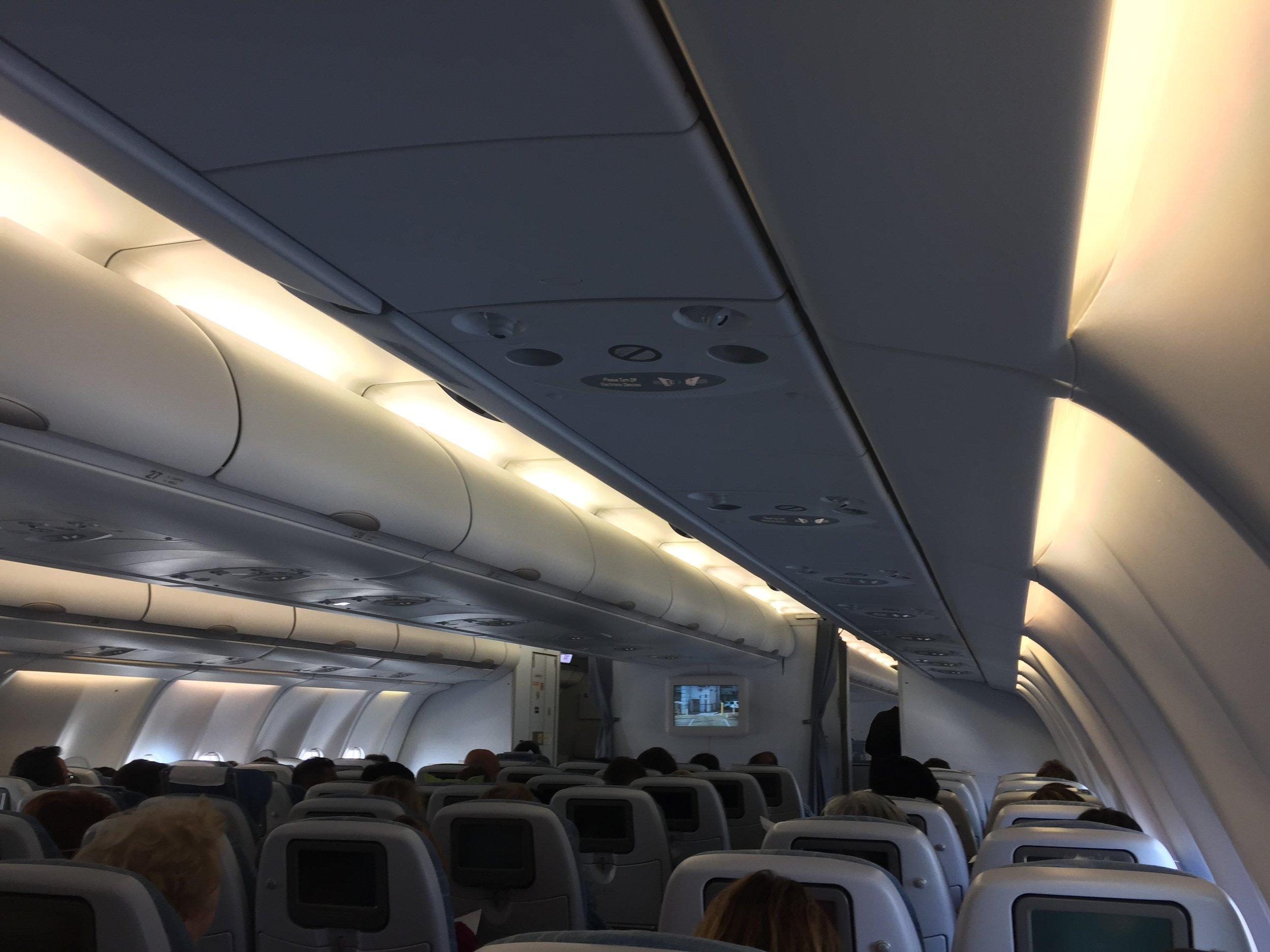 finnair cabin economy.JPG
