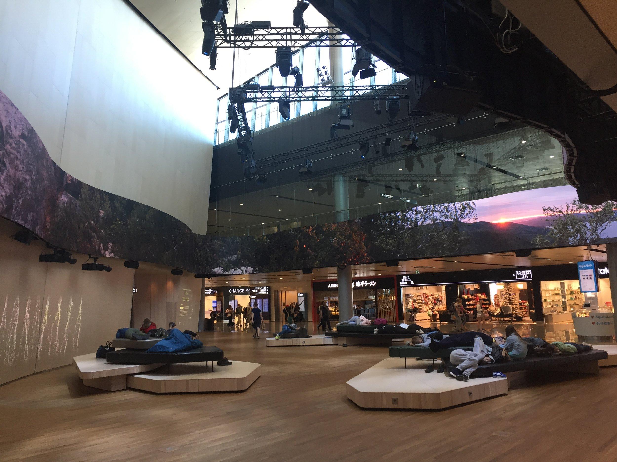Helsinki airport.JPG