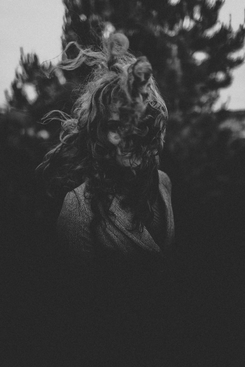 Wind in her hair  (Portrait)