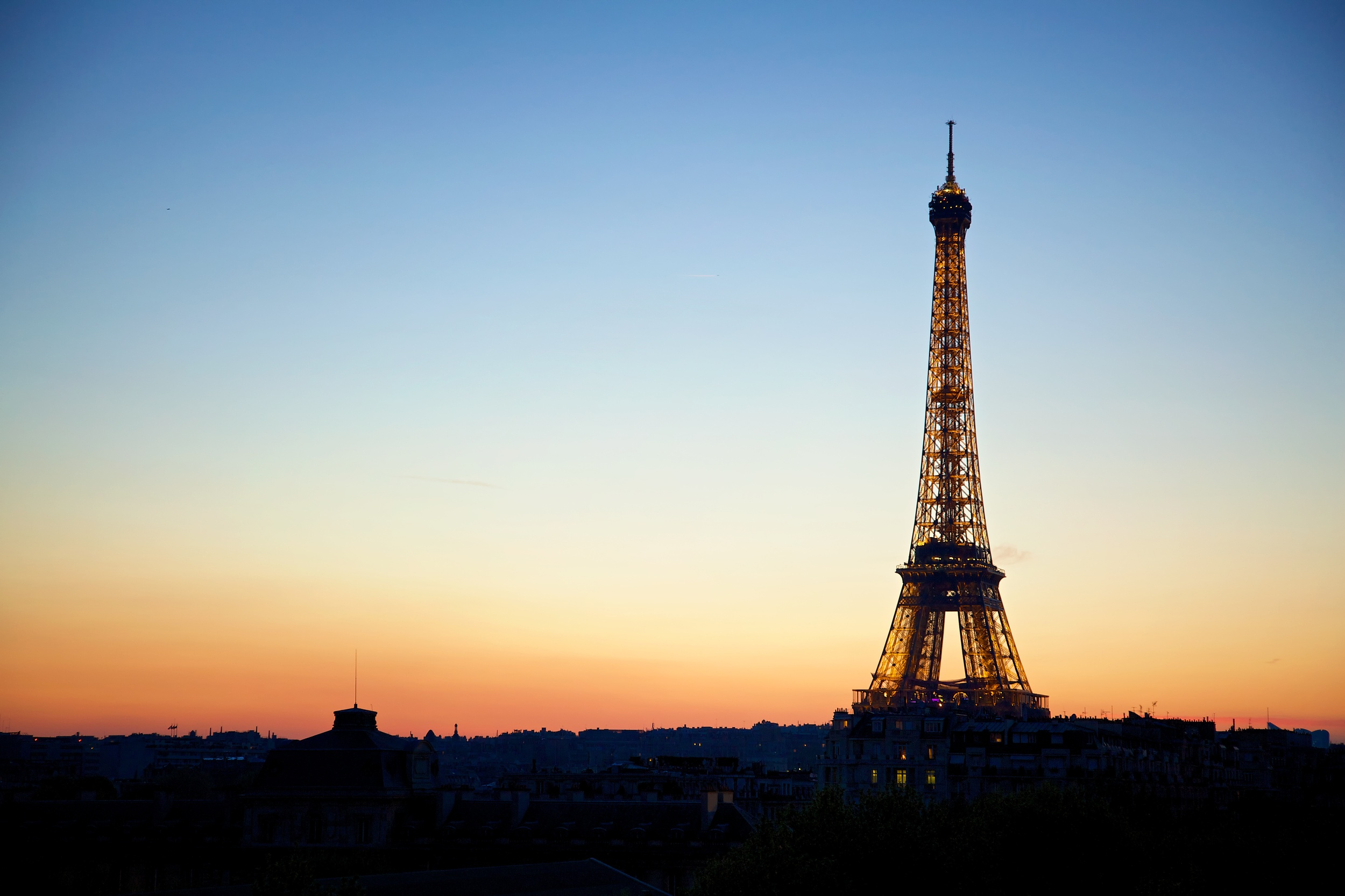 Eiffel Tower Sunset (Paris, France).