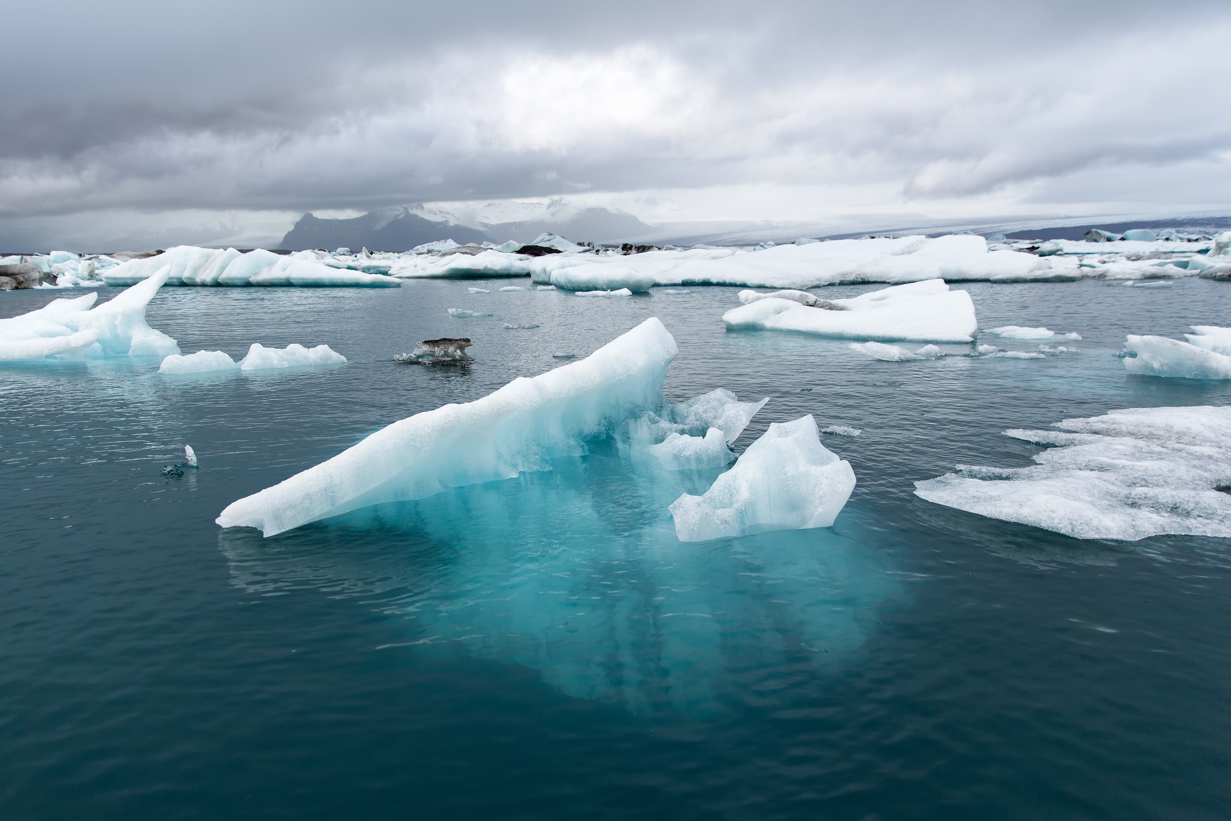 Jokulsarlon Glacier Lagoon (South Coast, Iceland).