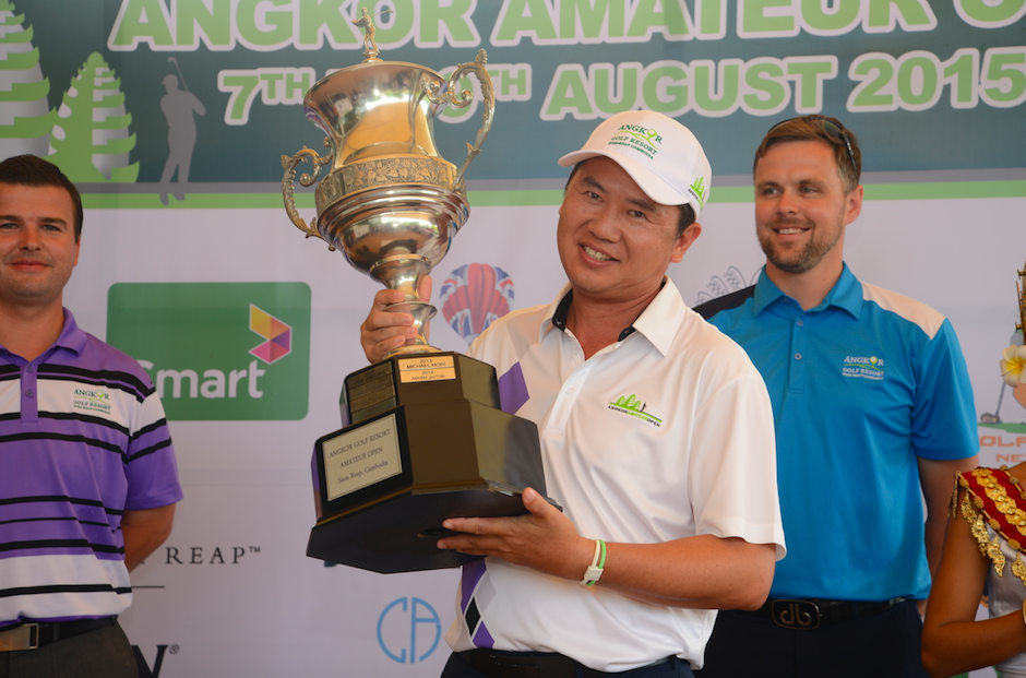Last years winner, Ly Hong, with scores of 71, 71 for 142 total - the first player to win the prestigious event twice.