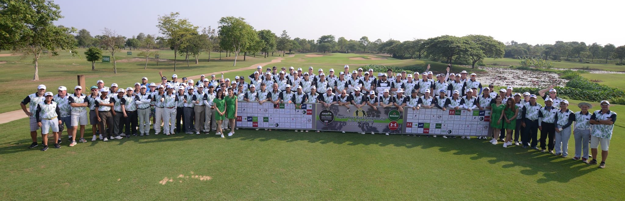 Group photo Angkor Fourball Champioship 2019