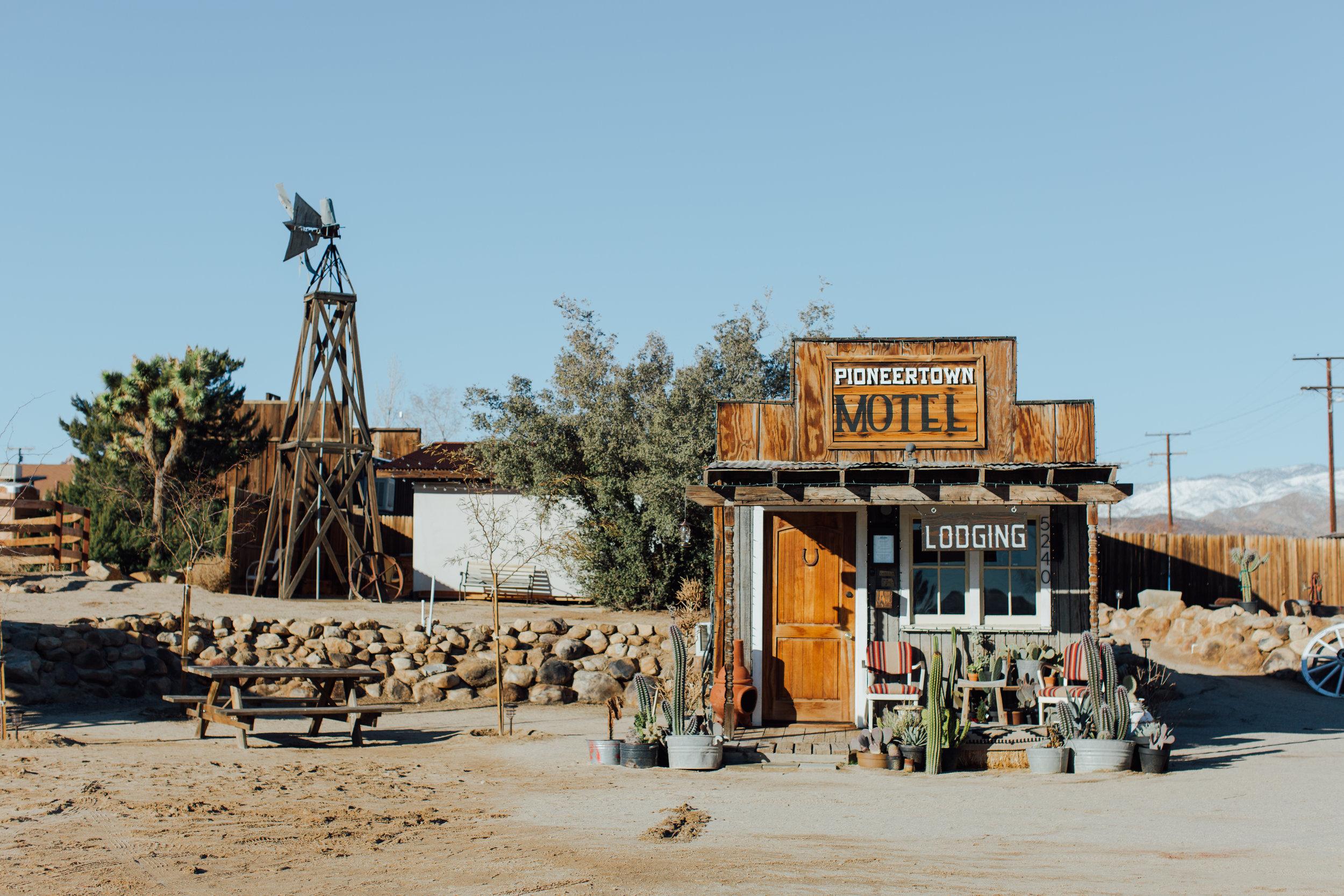 pioneertown-motel