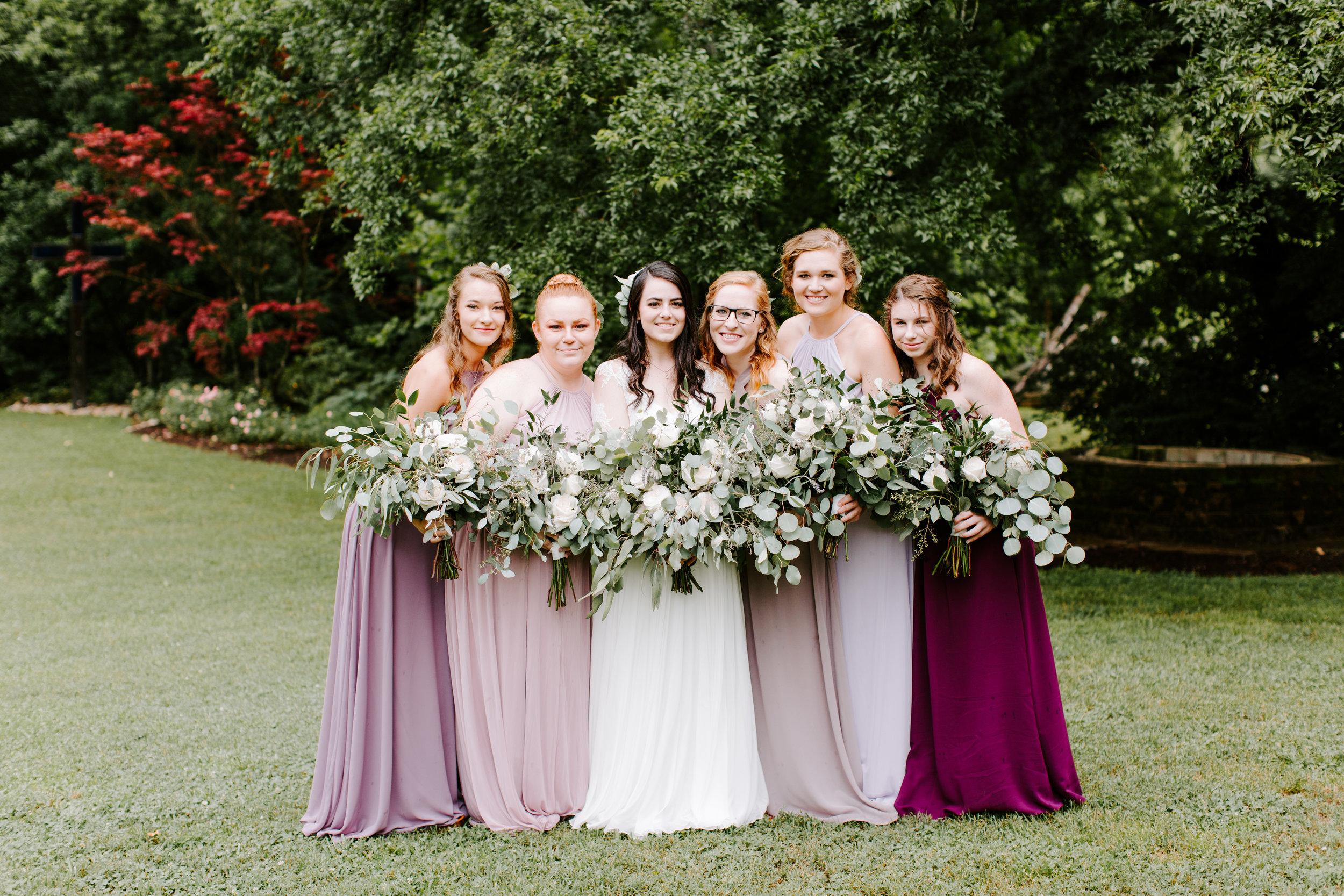 bridesmaids-at-daras-garden.jpg
