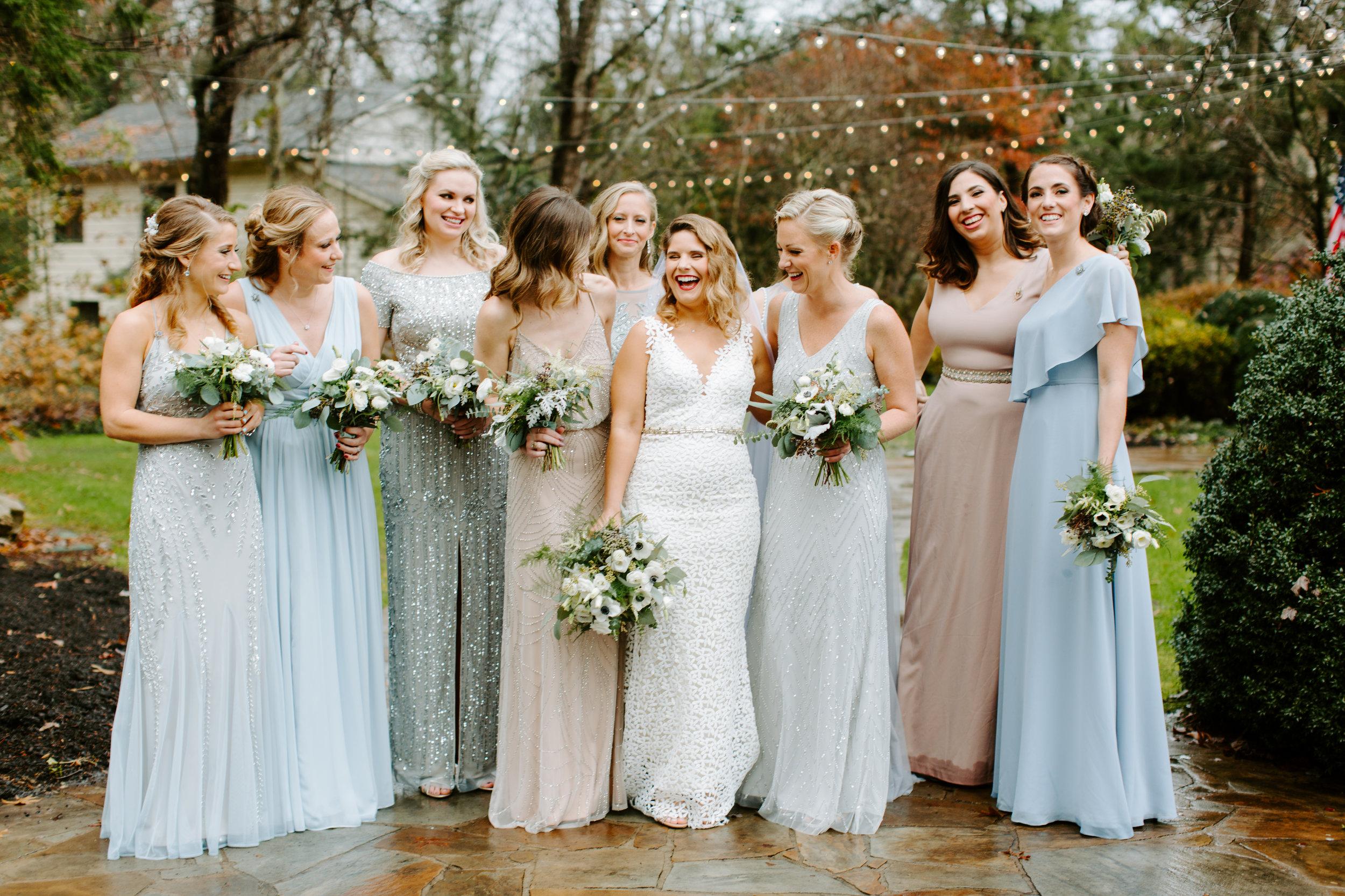 bridesmaids at rt lodge wearing baby blue