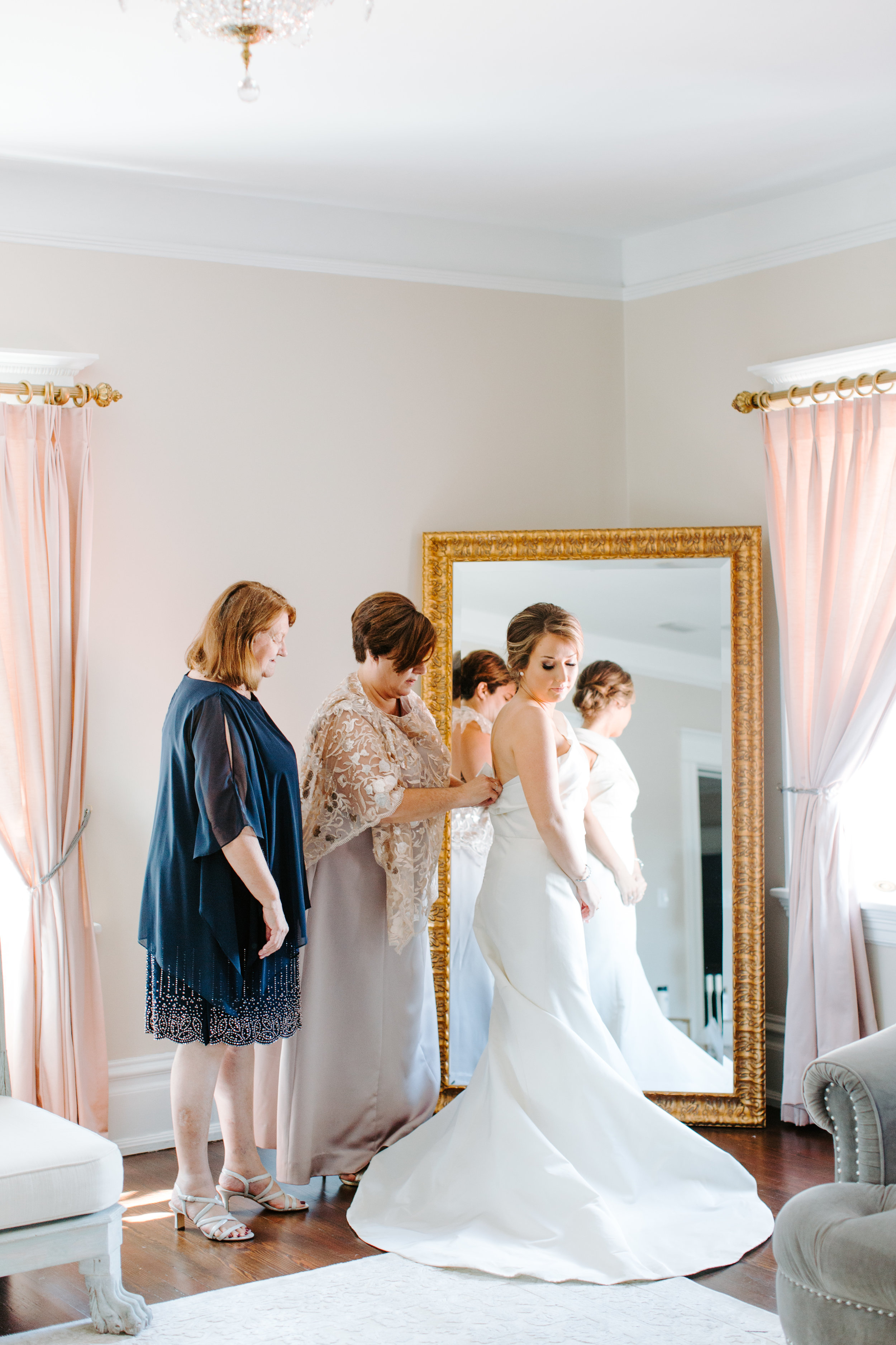 mother and grandmother with bride