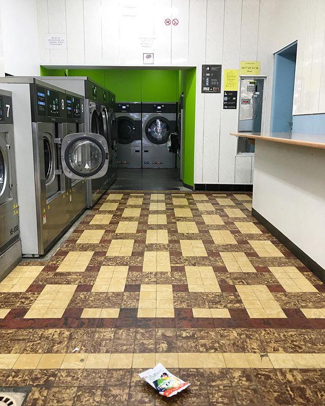 Antwerp, Belgium. #laundromatsofinstagram #laundromat #waschsalon #wassalon #laundrette #launderette #coinlaundry #lavage #laundry #altourism #laverie #facade #minimalism #lavomatic #washing #antwerp #belgium