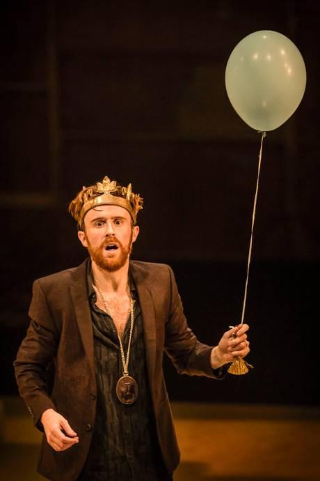 John Heffernan as the King