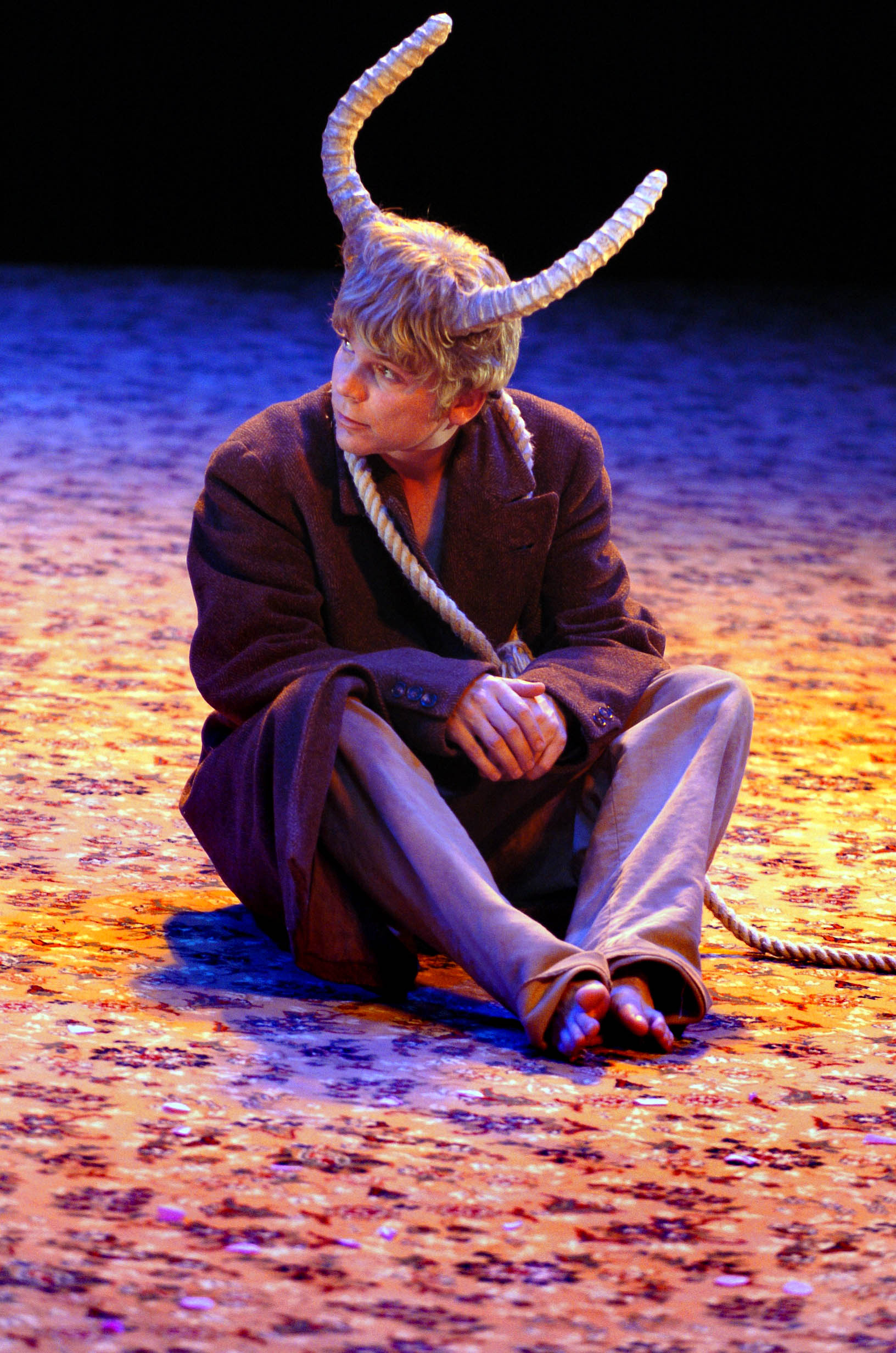 The Wonderful World of Di  by Anthony Neilson (National Theatre of Scotland, 2005 - and toured to Royal Court, 2007): Photo: Douglas Robertson.
