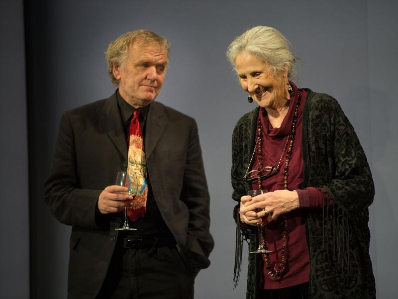 Alan Williams and Susan Engel in  Here We Go by Caryl Churchill (National: Lyttelton, 2015): photo by Bill Knight for theartsdesk.com