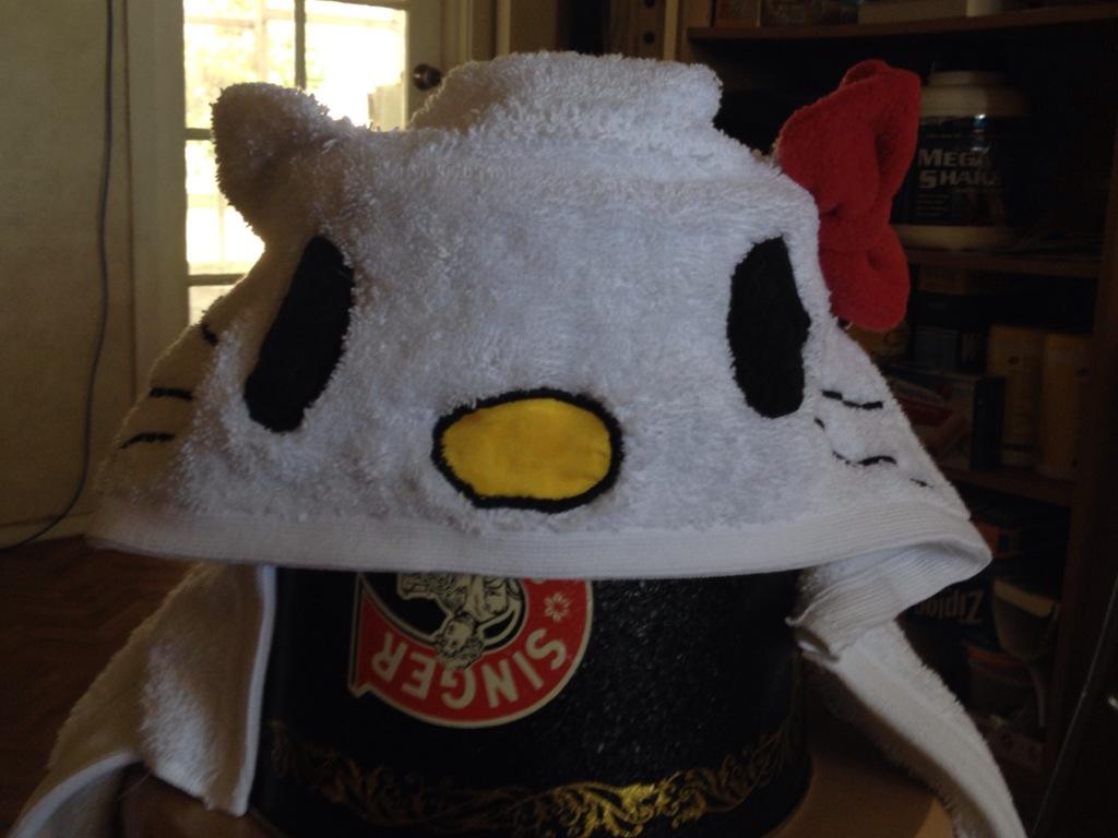 Hello Kitty Towel