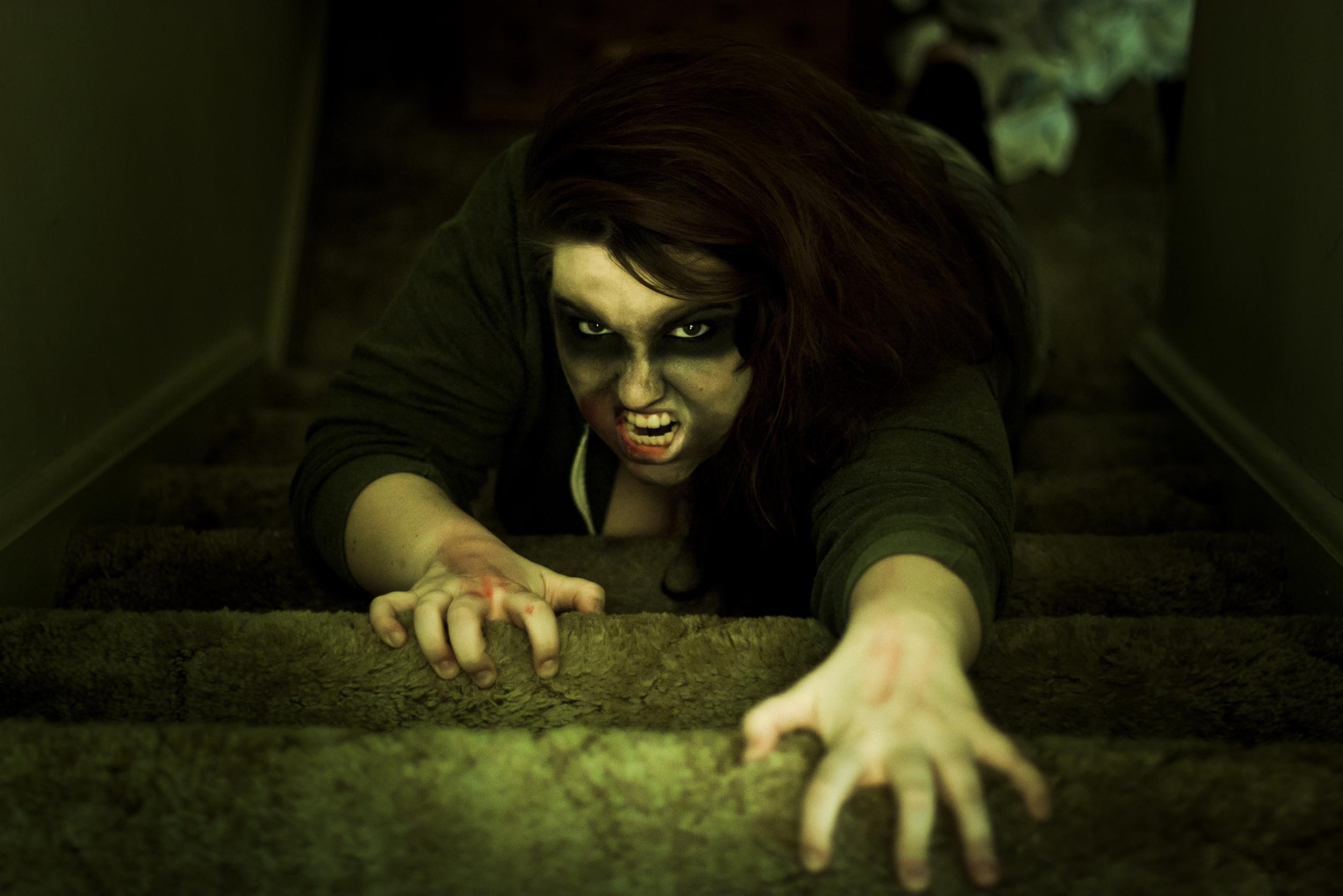 Stair Crawl Zombie 2.jpg