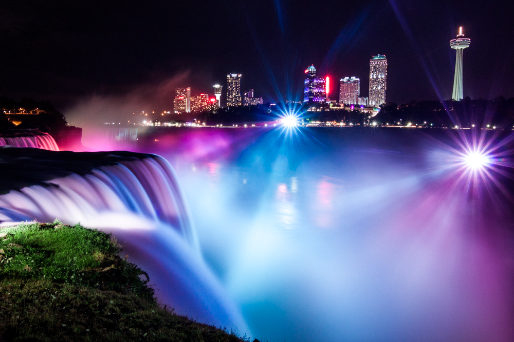 Beautiful Niagara Falls Colorful Night Time Write Lighting.jpg