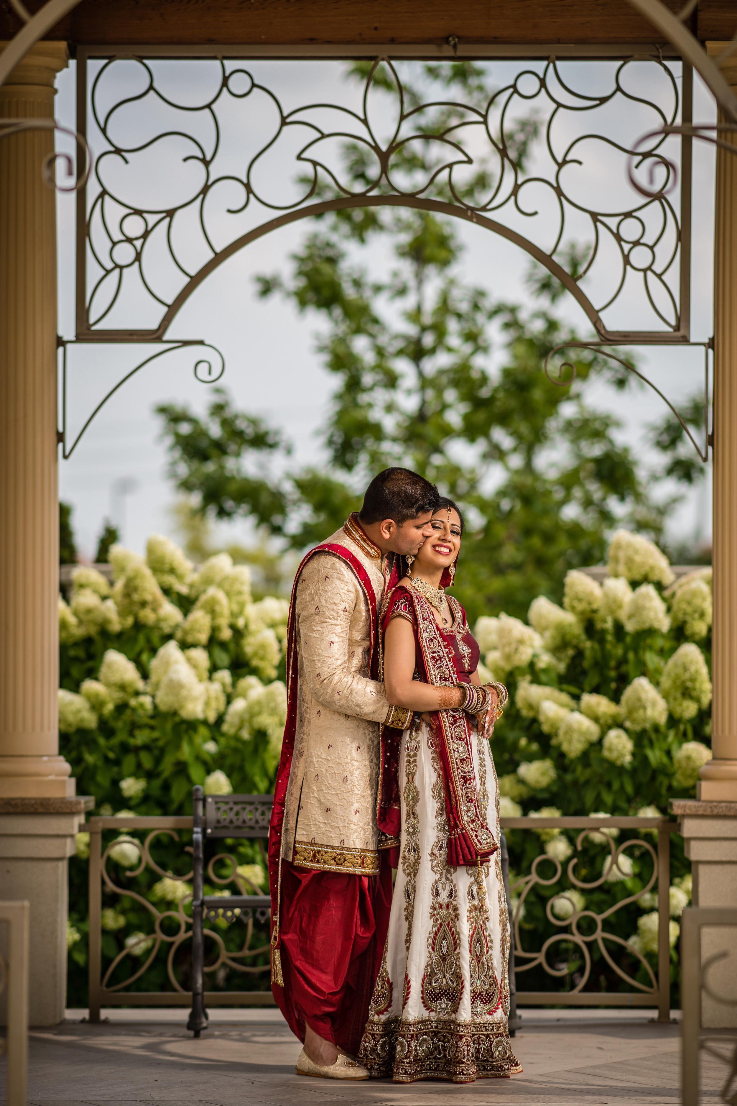 A Dream Luxury Wedding of Tejas Sheth & Jay Dalal.