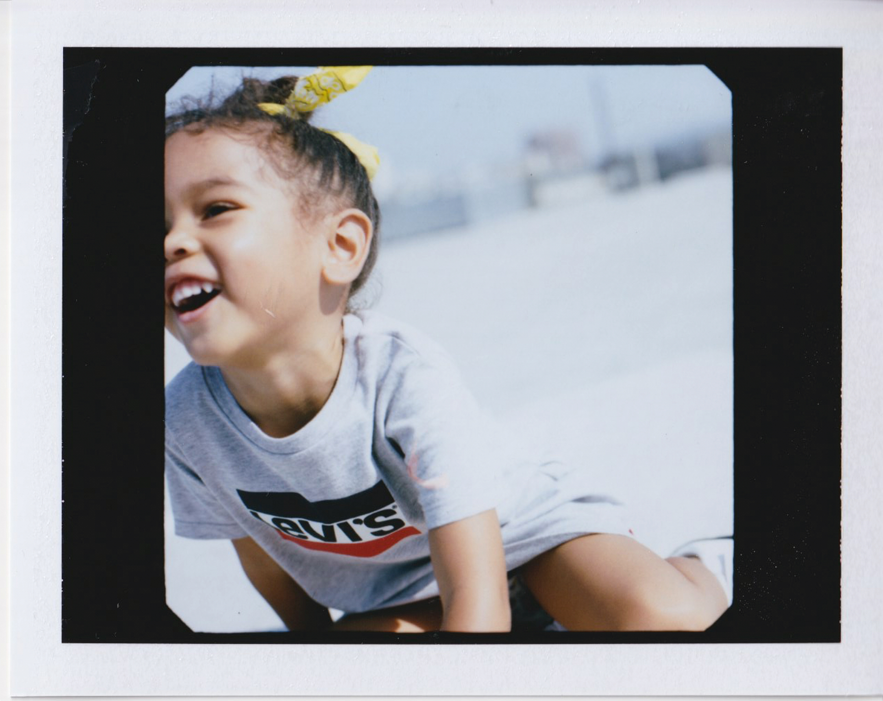 01_19_H1_Kids_Kidiliz_KnitDress_3yr_G_polaroid2.jpg