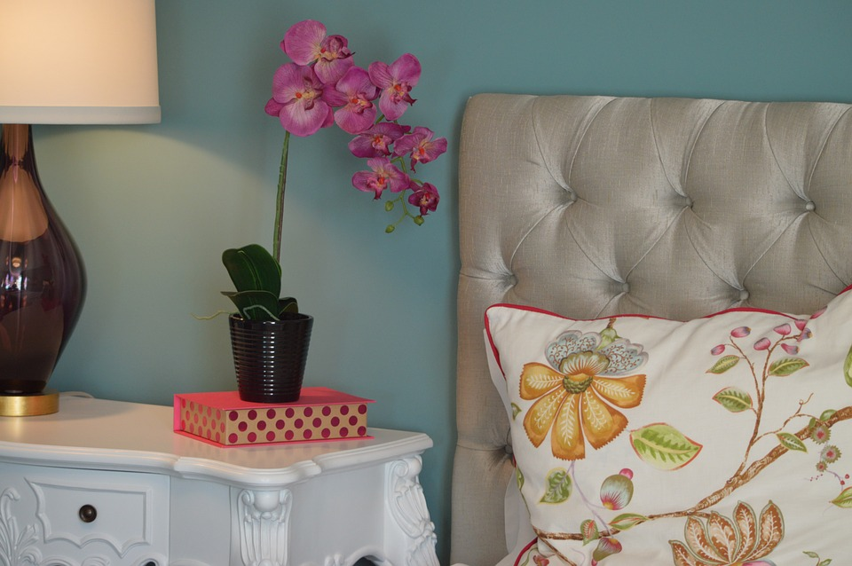 PUT COLOR ON THE WALLS -