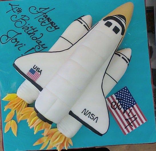 Space shuttle NASA Groom's Cake