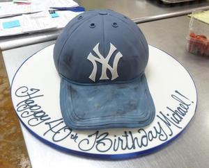 NY Yankees hat groom's cake