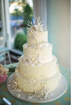 Summer Shell Wedding Cake