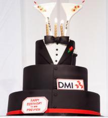 Tuxedo Martini Cake photographed by Freed Photography