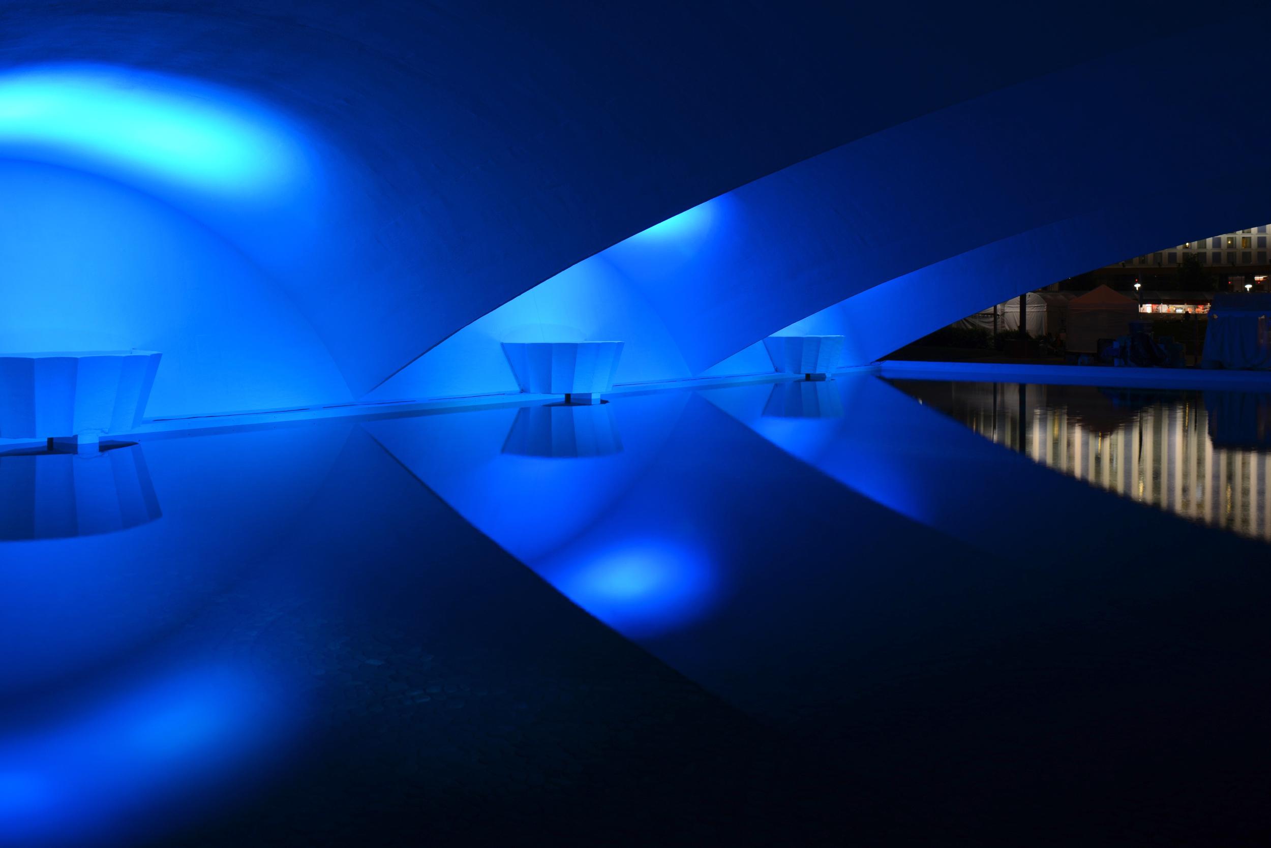 portal bridge blue still 001.jpg