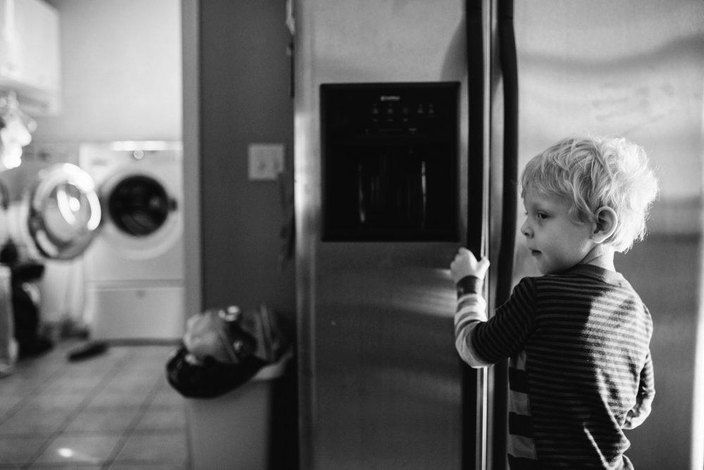 Day_in_the_life_Illinois_family_documentary_photographer_0045.jpg