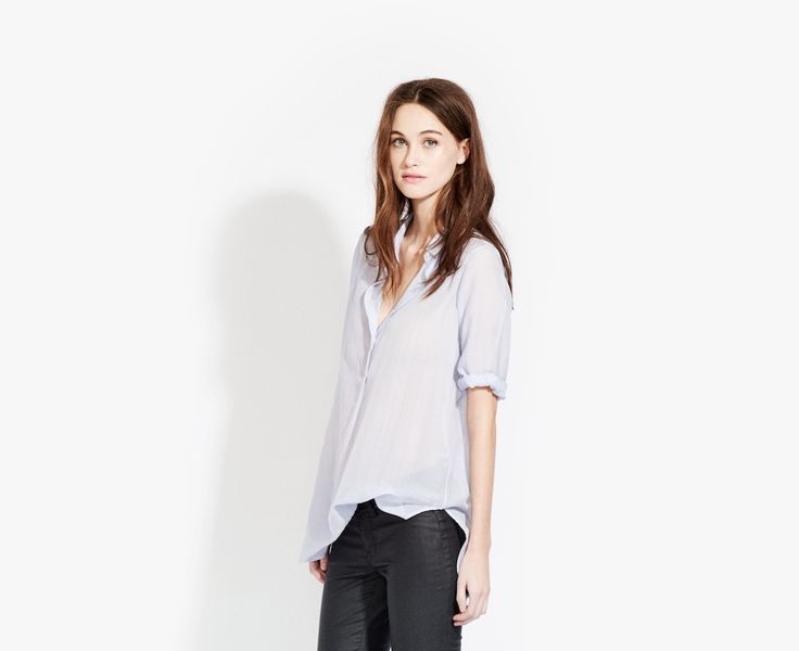 The Easy Shirt in Weightless Cotton
