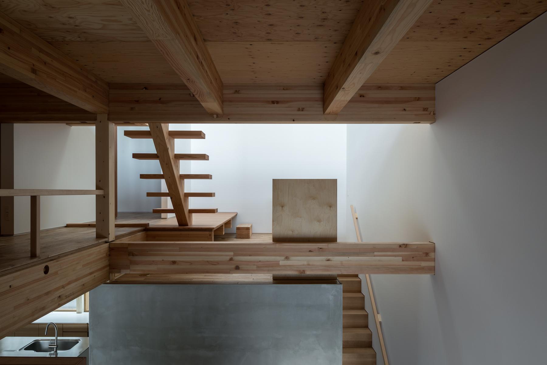 Aesthete Curator - Relation 02.jpg