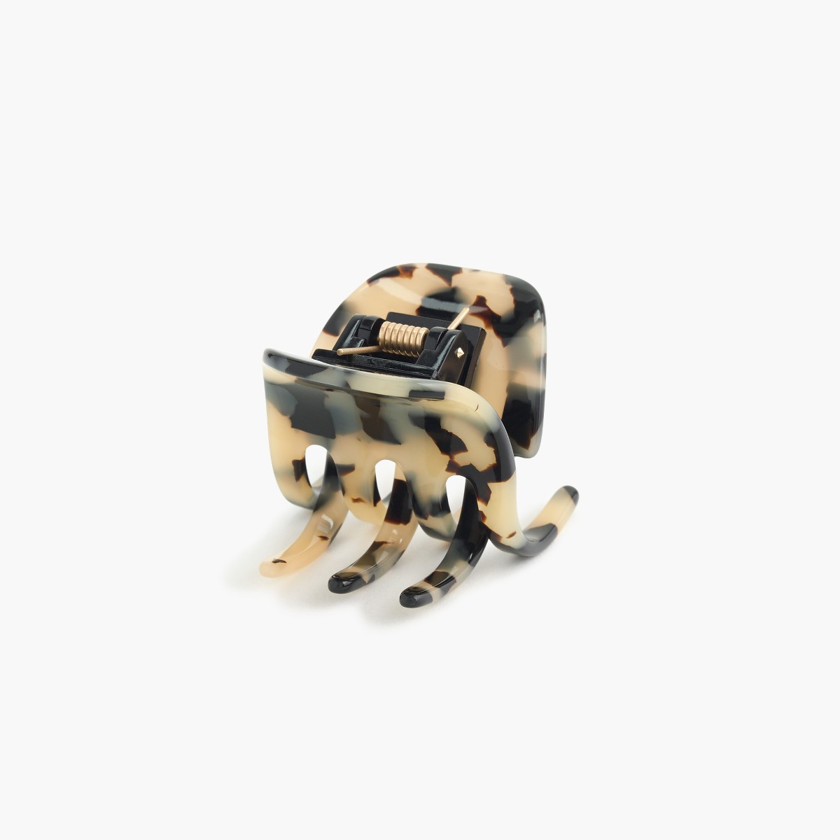 JCREW Hair Clip  A classic hair clip made of Italian tortoise acetate from France.