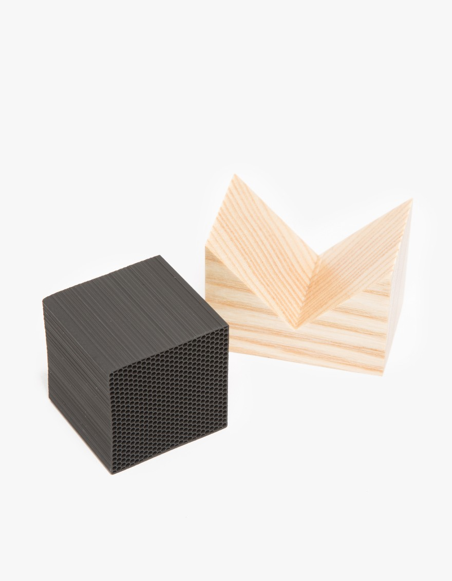 MORIHATA Small Chikuno Cube House  An innovative bamboo charcoal air purifier with modern design. Features eco friendly composition, reusable technology, wooden stand and honeycomb design.