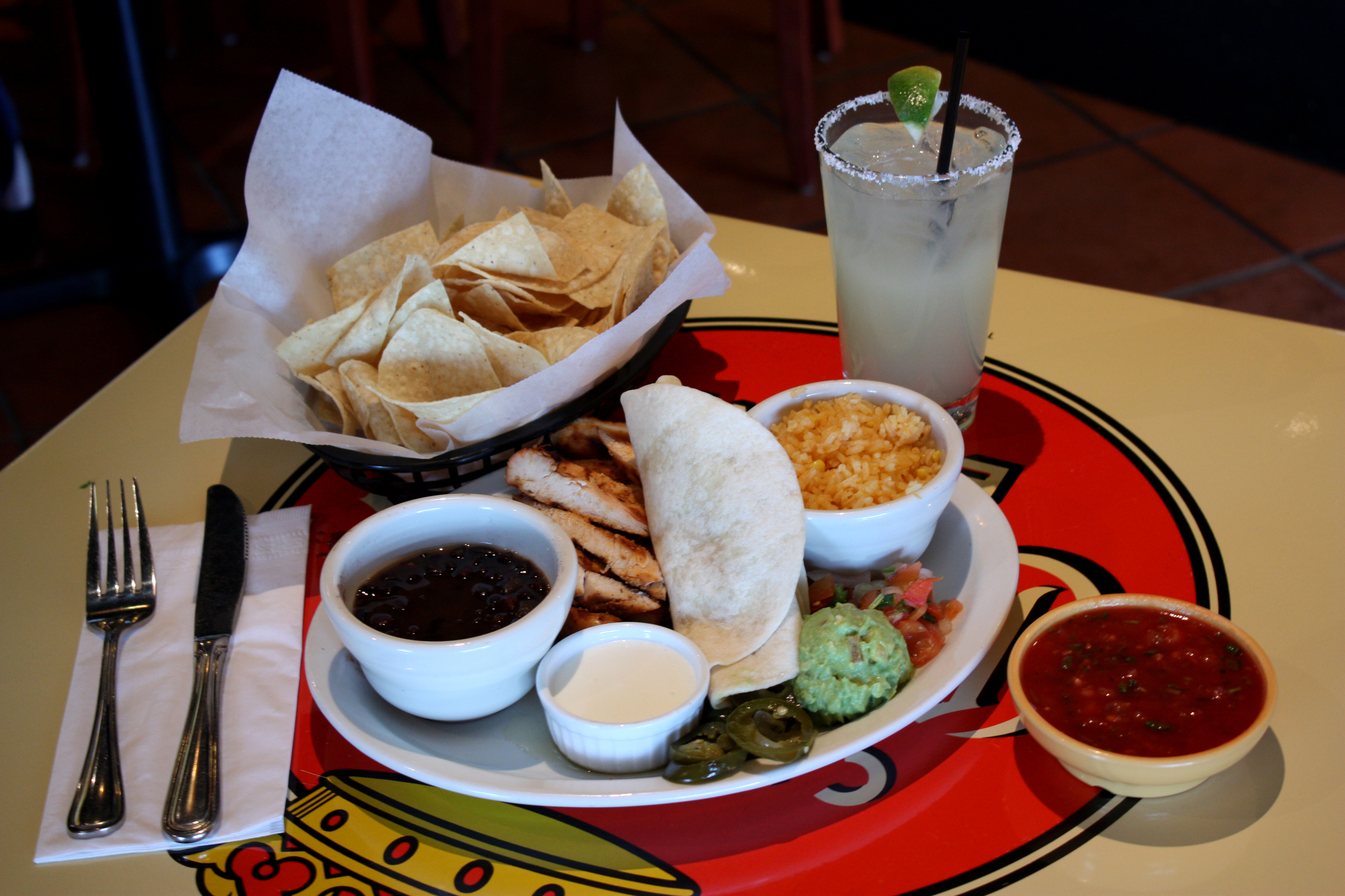 Chicken Yucatán Platter