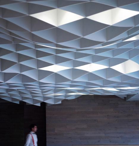 dezeen_Vammos-Restaurant-by-LM-Architects_10.jpg