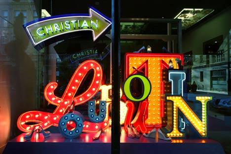 dzn_Christian-Louboutin-Mount-Street-Window-by-Studio-XAG-2.jpg