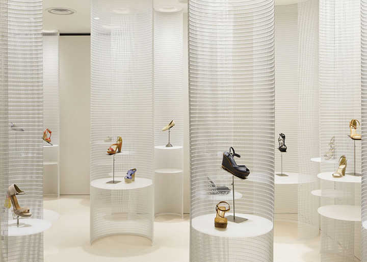 Lucca-llena-shoe-store-by-Ryutaro-Matsuura-Osaka.jpg