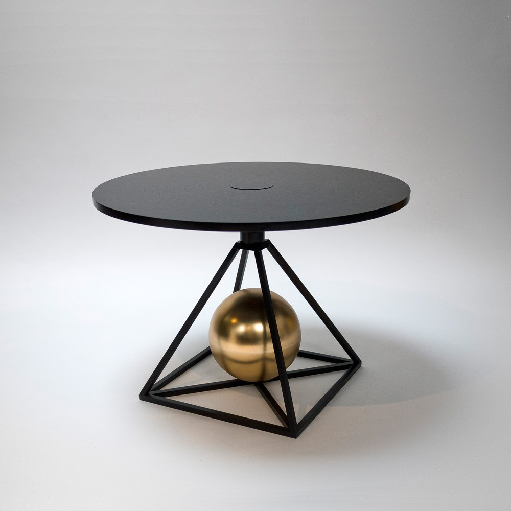 Contrepoids Table Version II by Pool