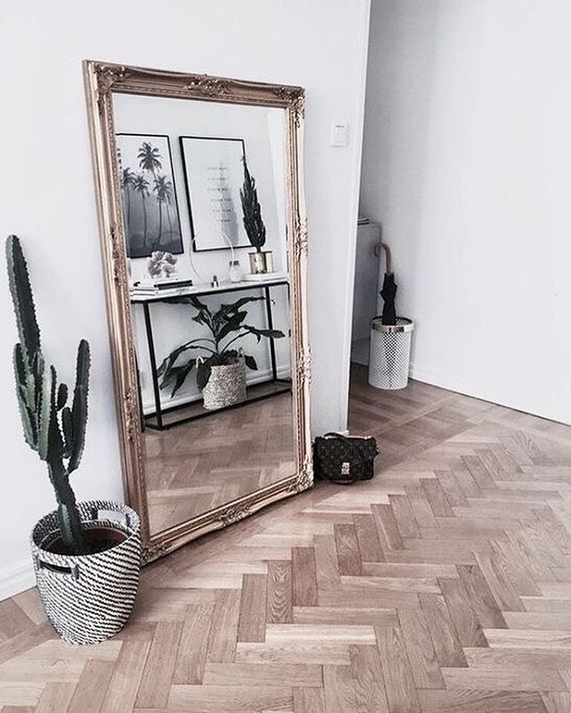 """Smile in the mirror. Do that every morning and you'll start to see a big difference in your life."" Yoko Ono ~ image source unknown ~ ⠀⠀⠀⠀⠀⠀⠀⠀⠀ ⠀⠀⠀⠀⠀⠀⠀⠀⠀ ⠀⠀⠀⠀⠀⠀⠀⠀⠀ ⠀⠀⠀⠀⠀⠀⠀⠀⠀ ⠀⠀⠀⠀⠀⠀⠀⠀⠀ ⠀⠀⠀⠀⠀⠀⠀⠀⠀ #interiordeco #interiors #interiorart #lifestyleinspo #lifestylegoals #neutralstyling #neutralinterior #neutrallifestyle #naturalstyling #naturallifestyle #naturalinteriors #nordicstyle #nordicinteriors #nordicstyling #pocketofmyhome #scandinavianhome #mittnordiskehjem #scandinaviandesign #homeliving #homelifestyle #homewares #lovelyinterior #nordiskehjem #hygge #hyggehome #pinterestfind #greenliving #plantstyle #plantdecor #parquetry"