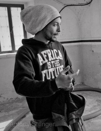 Raphael, Cantante reggae di origine nigeriana, è oggi uno dei più apprezzati cantautori del suo genere.