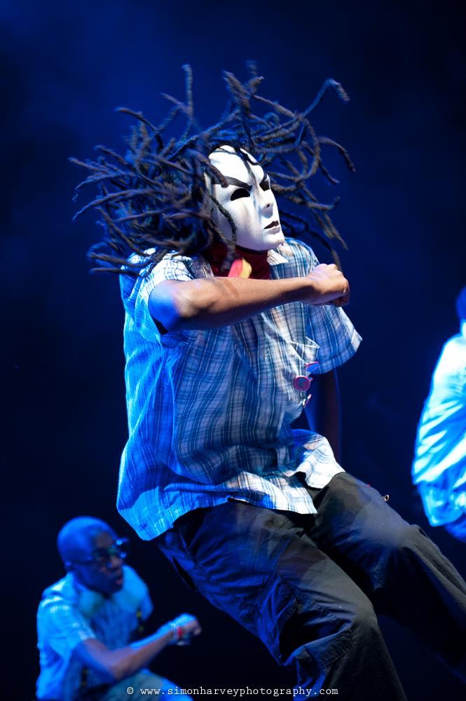 Masked-Dancer