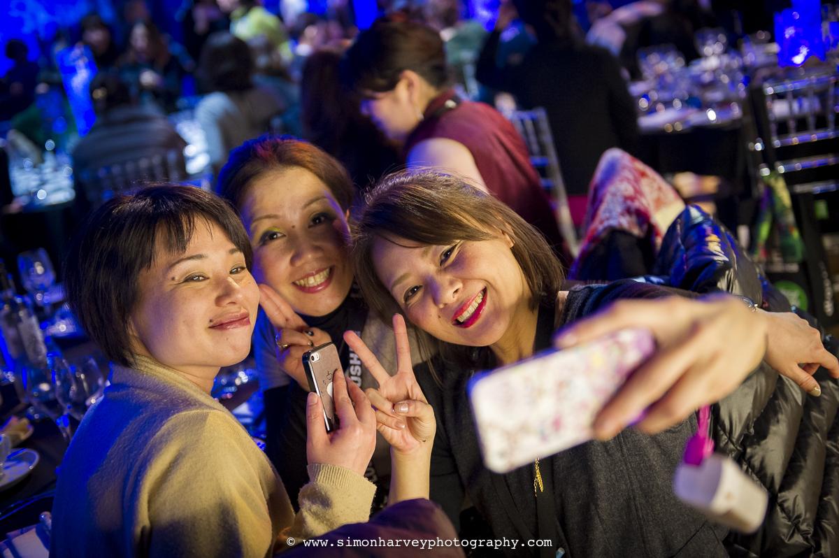 Smiley_selfie_girls.jpg