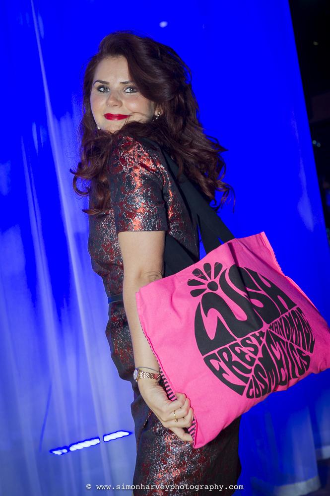 lush_fresh_handmade_cosmetics_bag.jpg