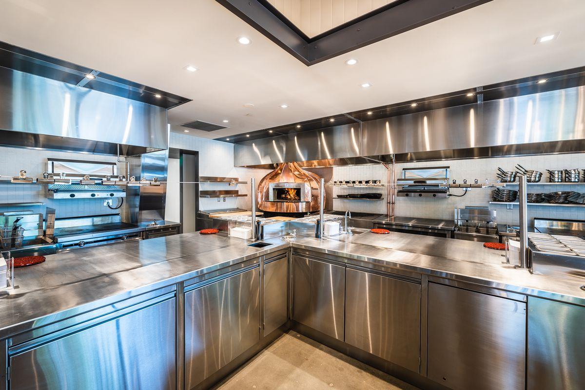 open_kitchen.jpg