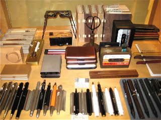 What do men want? Pens, sweetie, pens! It is that simple. We see it all the time. The men come in and just ogle the pen cases. We say, give them what they want and they want pens!