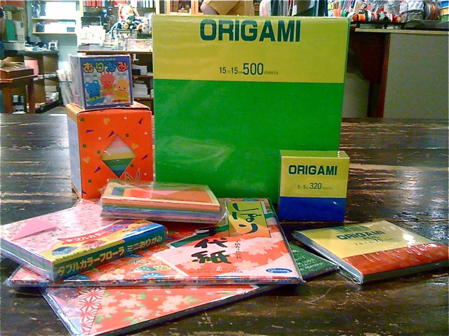 """""""One who folded 1,000 origami paper cranes would be granted a wish"""" - a true story"""