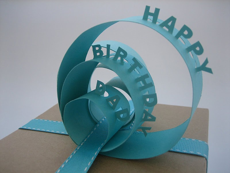 How to make an amazing & beautiful paper gift topper that will leave a lasting impression with just 6 simple steps