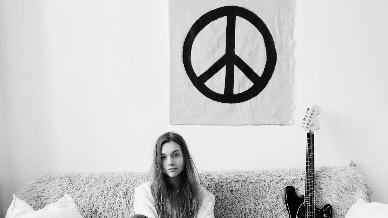 peace lover.png