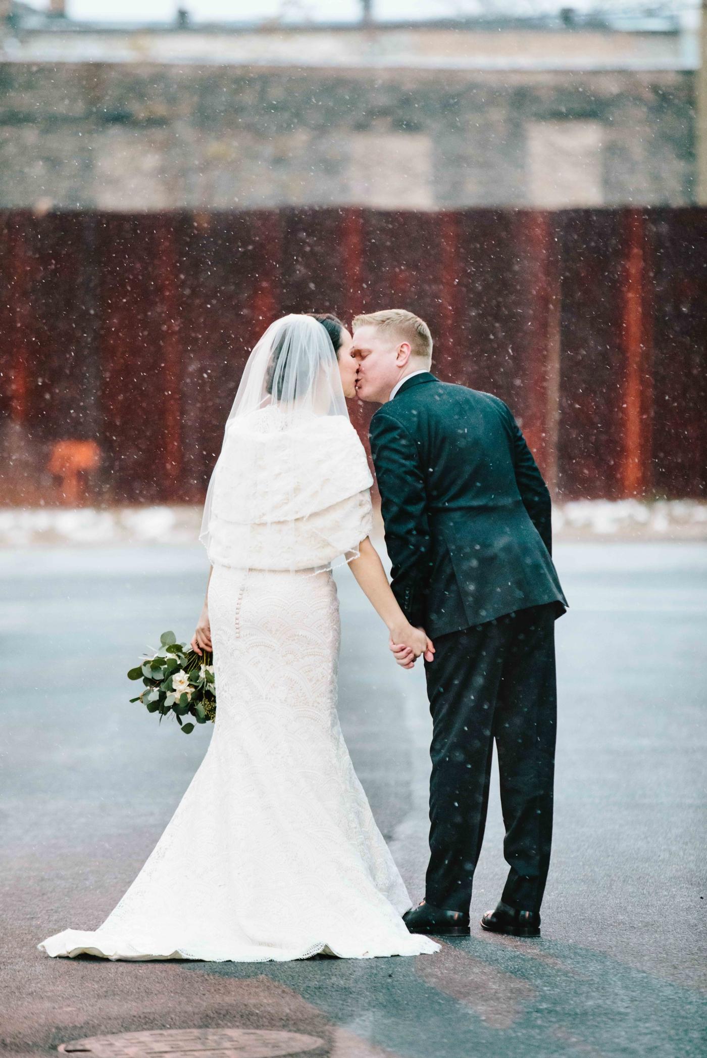 chicago-fine-art-wedding-photography-lintelman21