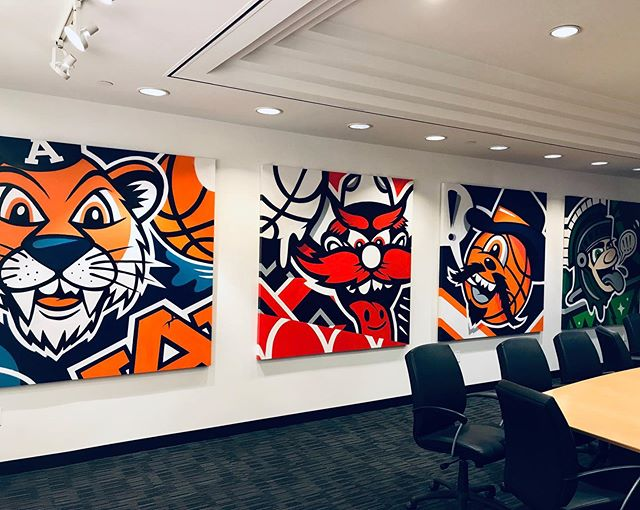 The 4 canvases I painted live at the @finalfour installed in the @cocacola headquarters conference room.  Glad to see they stayed at a set and went to a good home! - Thanks @geoffcottrill for the photo.. 🙏 - #gregmike #larryloudmouf #installation #canvases #art #newcontemporary #urbancontemporary #finalfour #cocacola #painting