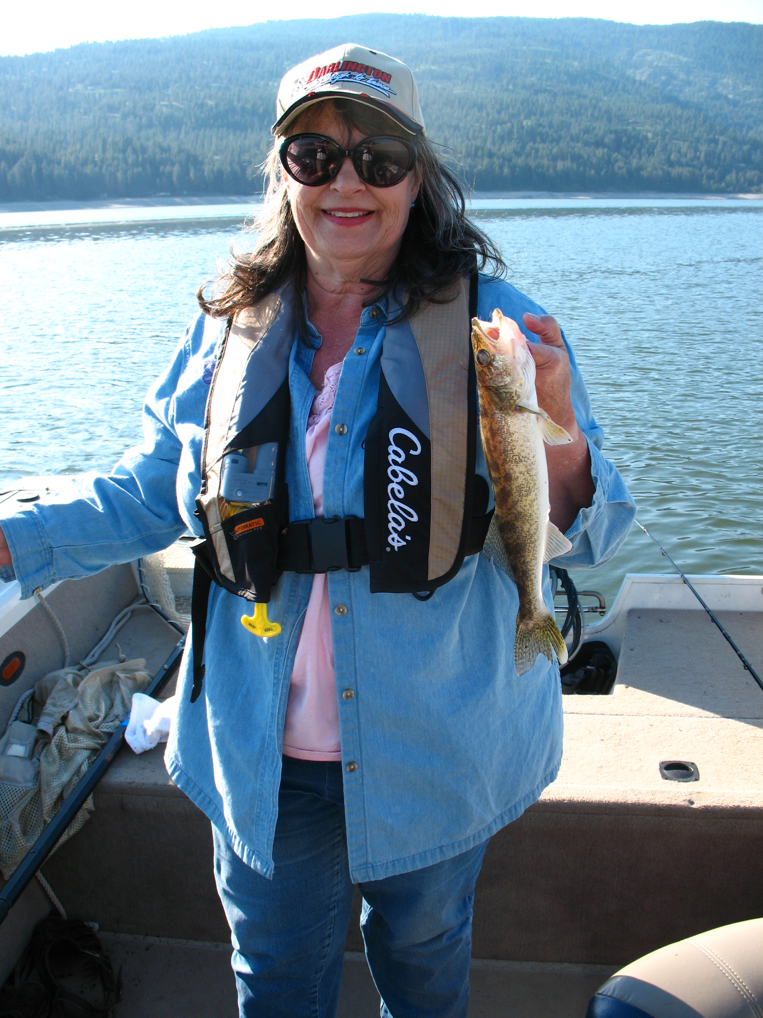 Linda's first walleye!!! Great job Lyle and Mark for getting her on to this fish!
