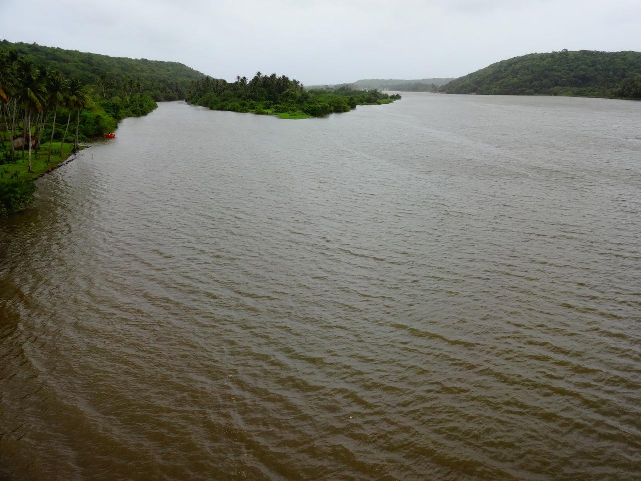 The vast backwaters of Tarkarli Beach